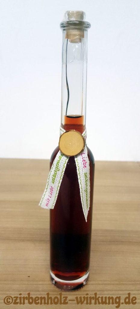 Zirbenschnaps Zirbenlikör Rezept Herstellung